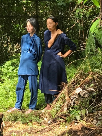Hisako Sumi and Kitta Sawano, both dressed in indigo